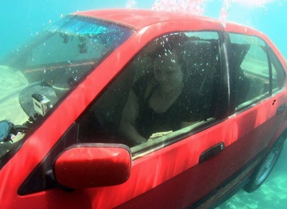 the-list-0147-escape-a-car-underwater-luxurystndrd-for-car-underwater-pictures