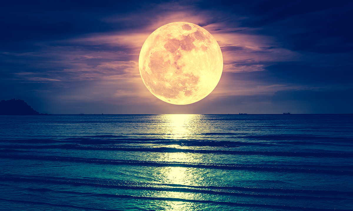 December 2017 Moon >> Supermoon In Gemini 2017: Trickster Energy and Mental Balance – Awareness Act