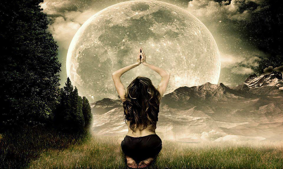 Lunar Eclipse January 31st: How to Benefit From the Magic With Three Simple Rituals