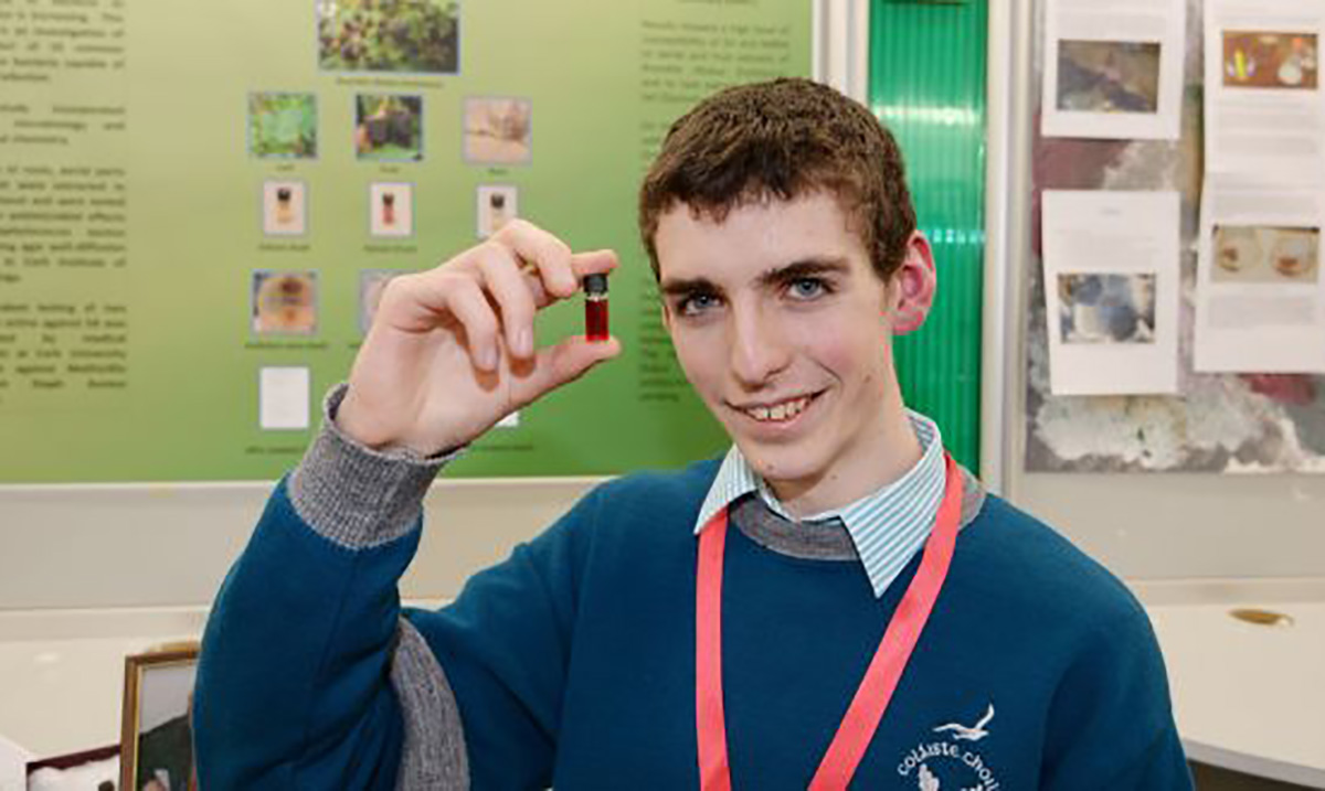 Teen Given High Award For Uncovering Natural Substance That Can Kill Off Antibiotic-Resistant Bacteria