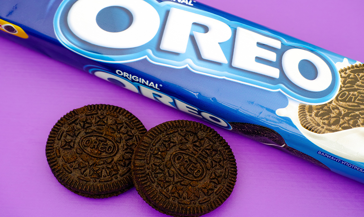 discriptive essay on oreo cookies I was able to bring in samples of oreo cookies for my my districts' second grade goal is a 5-paragraph essay  what's your opinion - which dessert is the.