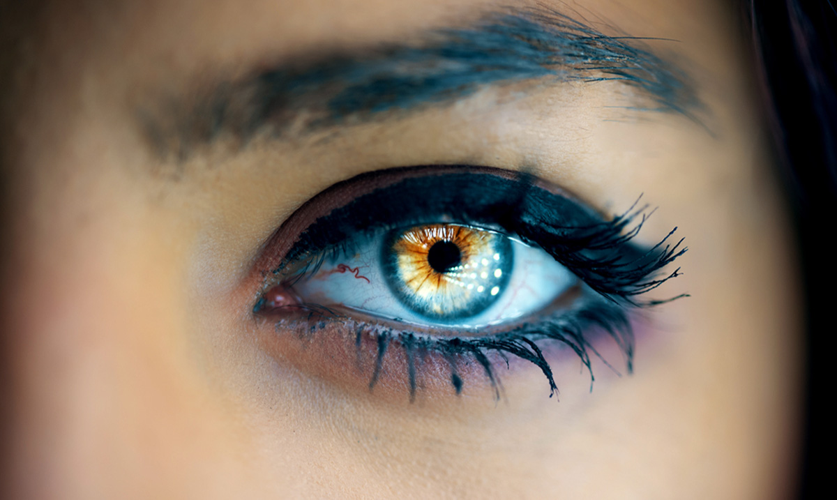 The Real Reason Why Empaths Act Strange Around Inauthentic People