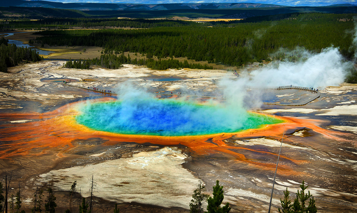 How the Yellowstone Supervolcano Is A Terrible Disaster Just Waiting to Happen