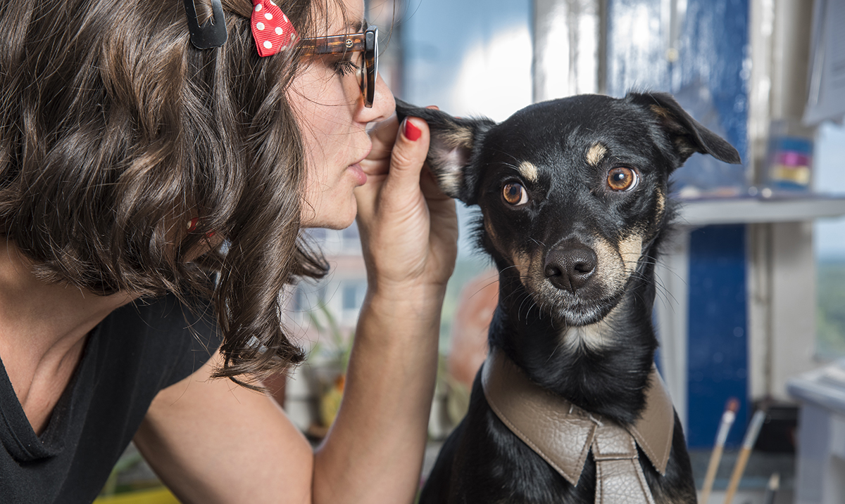 According to Science, People Who Talk to Their Pets Are More Intelligent Than Those Who Don't