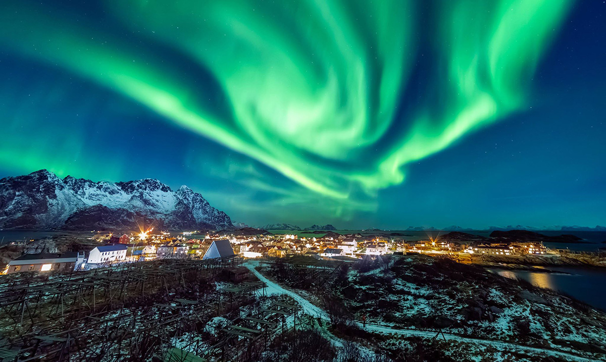 Tonight's Solar Storm Will Bring the Northern Lights to the U.S.