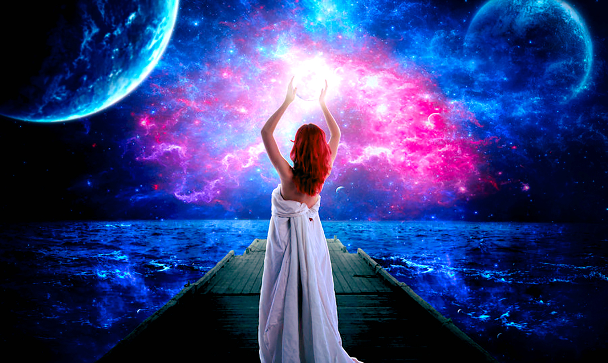 Harness the Incredible Power of the Moonlight to Manifest Your Greatest Desires