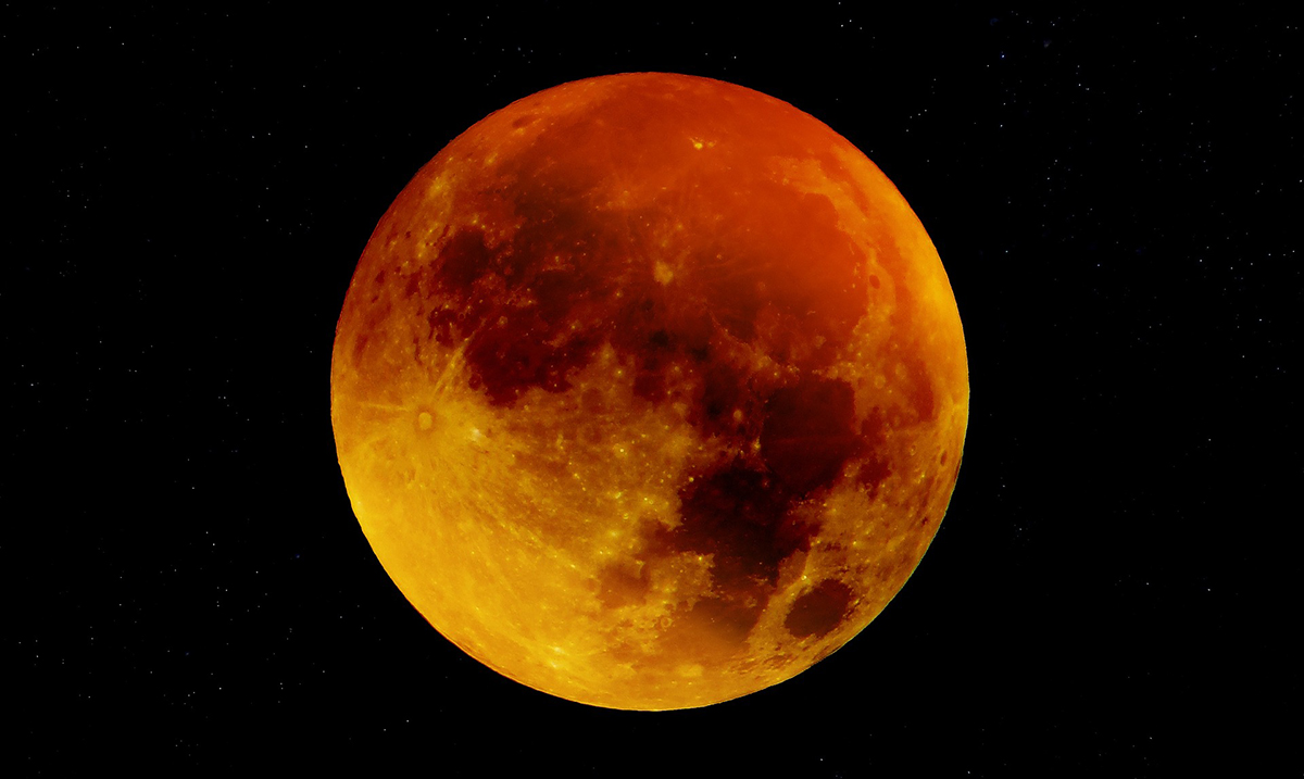 Your Super Blood Moon Horoscope Is Finally Here & It's A True Celebratory Message From The Cosmos
