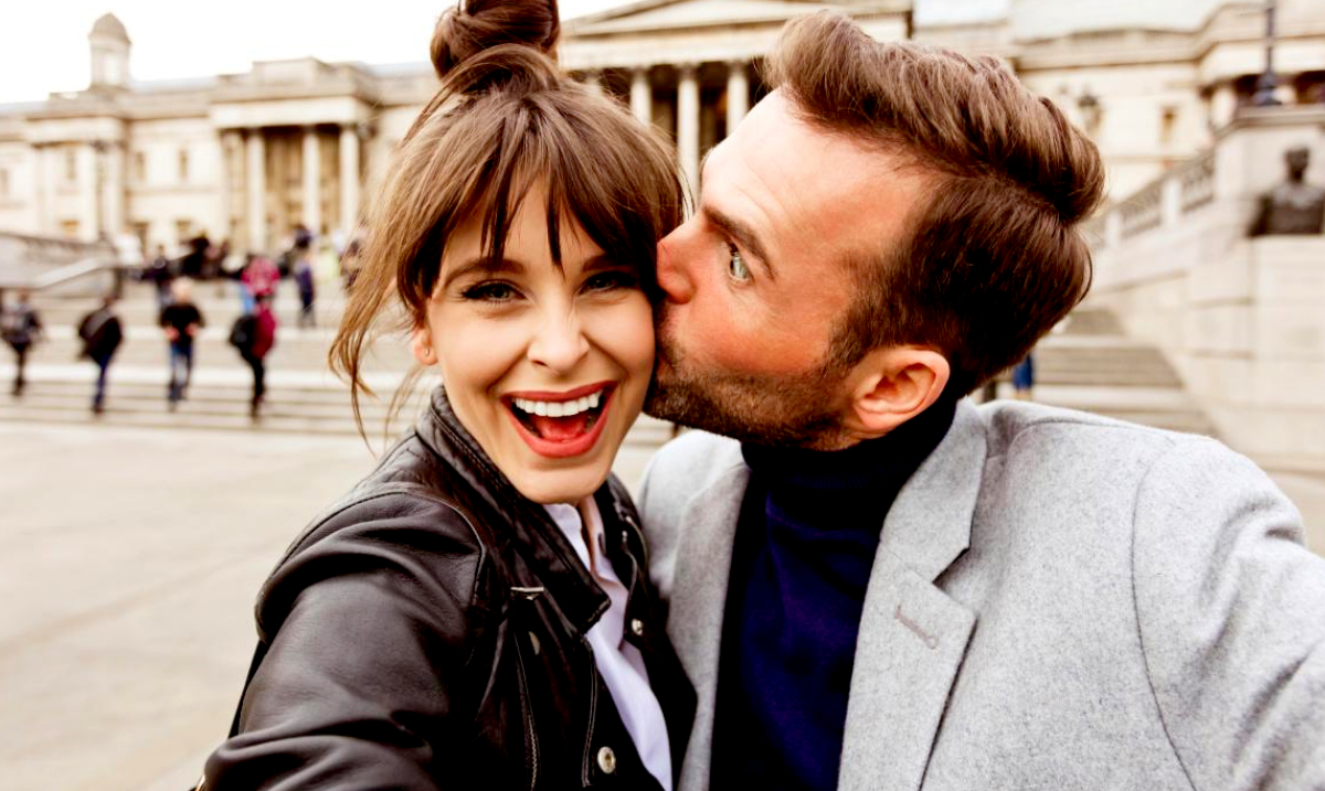 Relationship Experts Reveal How Couples That Post Fewer Selfies Are Actually Happier