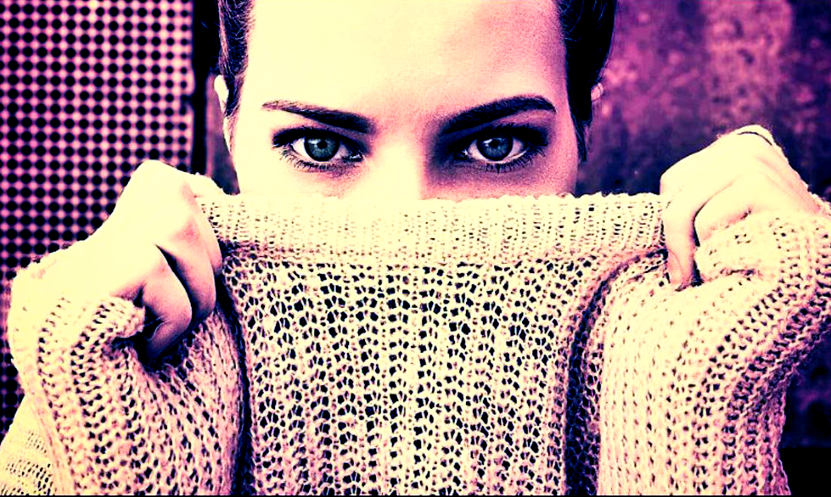 9 Signs You Are The Victim Of Emotional Manipulation