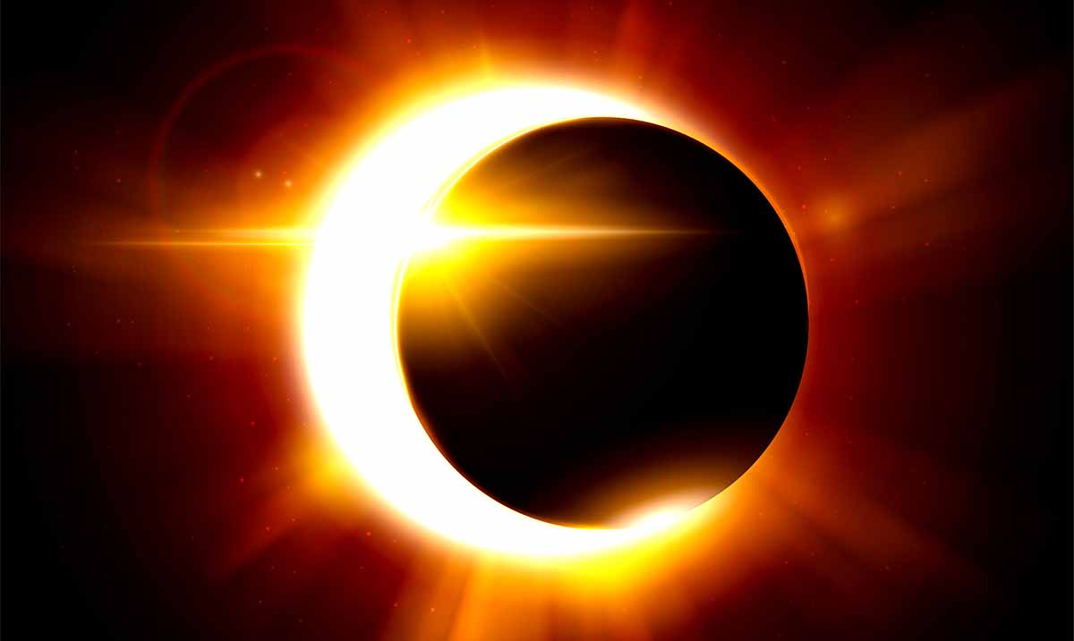 July's Total Solar Eclipse & New Moon In Cancer Will Offer More Positivity Than We Can Handle