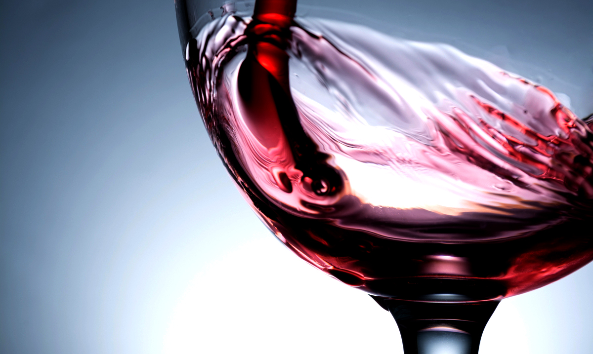 Studies Find Red Wine Can Help You Live Over 90 Years!