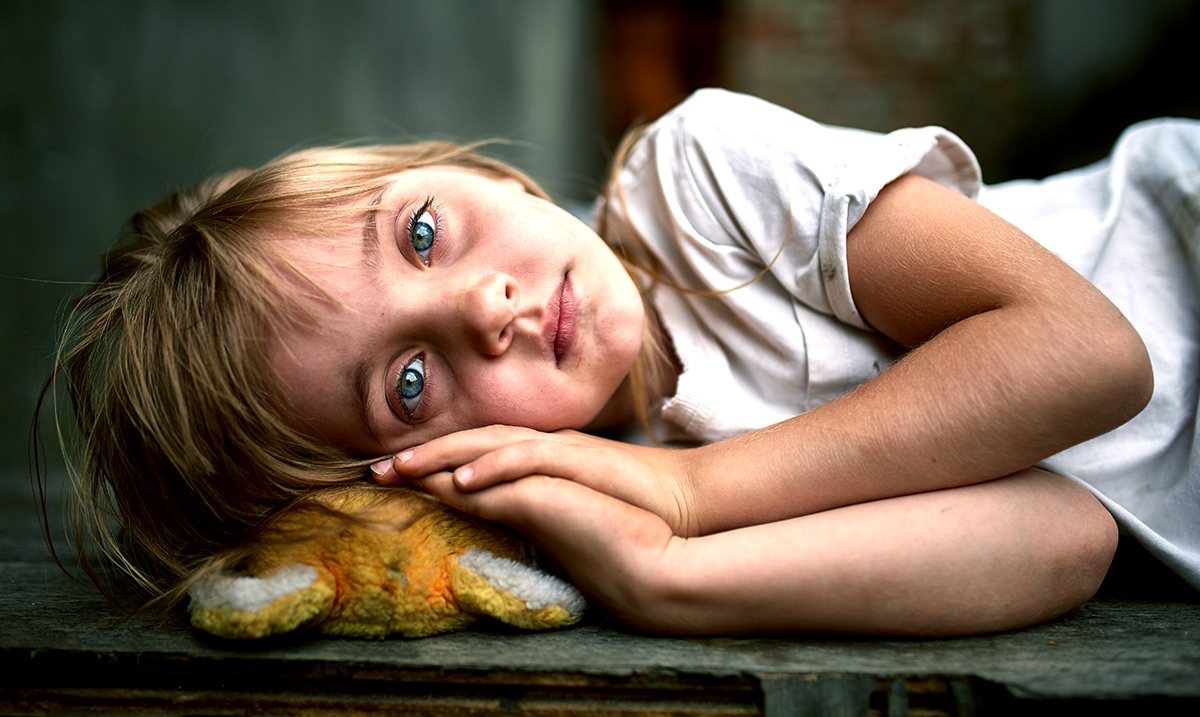 9 Massive Parenting Mistakes That Could Be Destroying Your Children's Self-Esteem