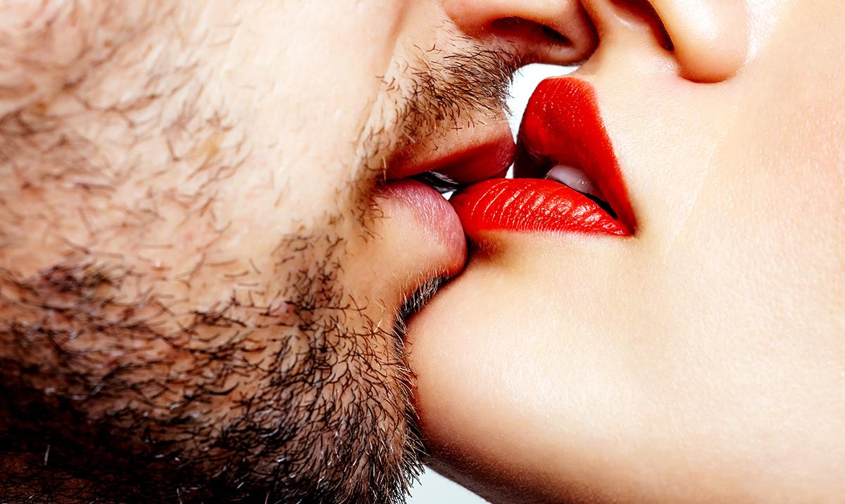 Women Are More Attracted To Men With Heavy Stubble Or Beards, Study Suggests
