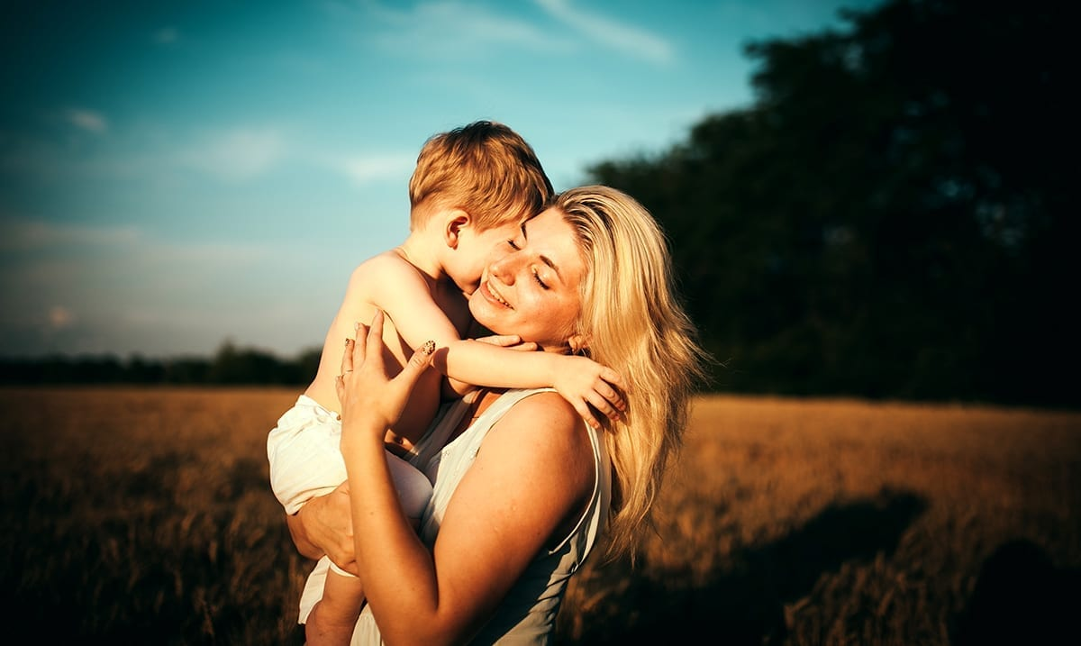 9 Incredible Facts About The Relationship Between Mother And Son