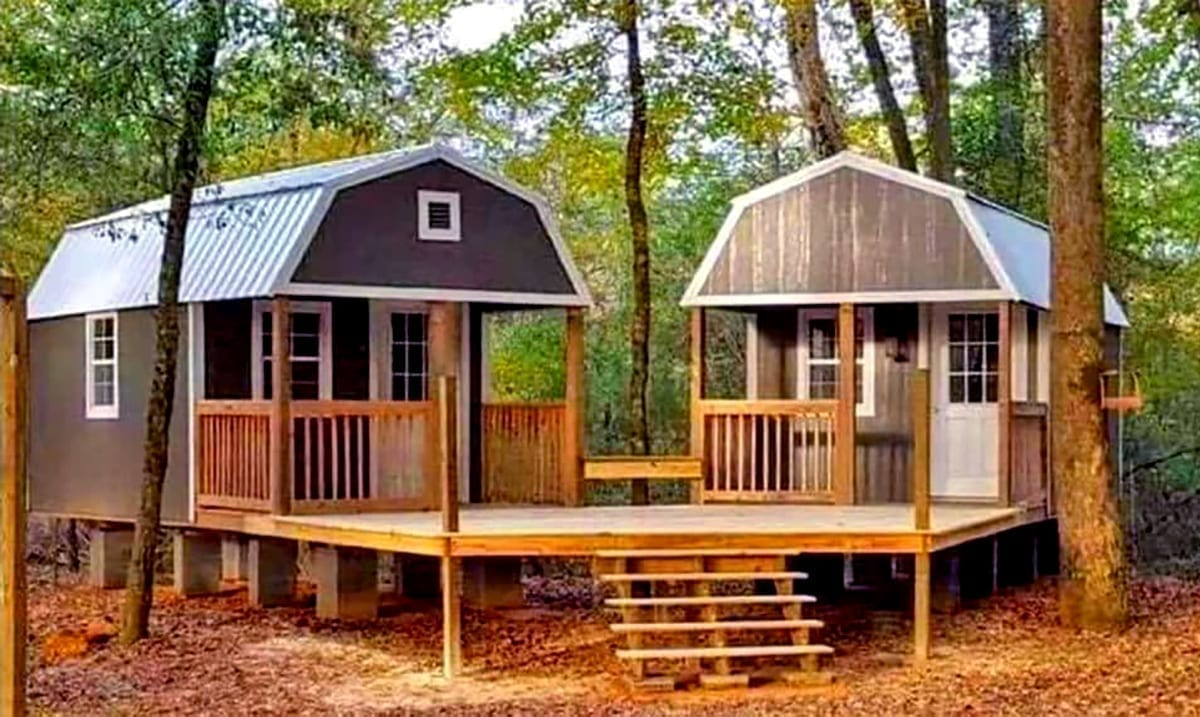 'We-Sheds': Combine Your She-Shed and Man Cave All The While Getting Your Own Space