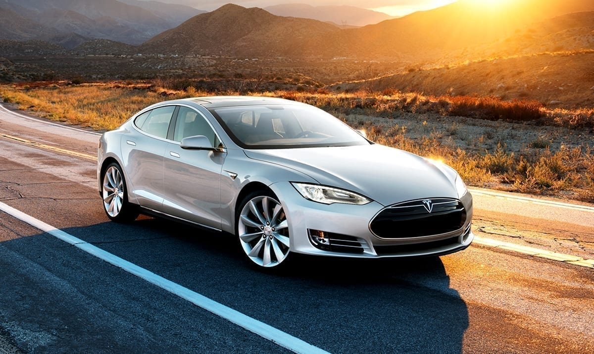 Tesla's $25,000 Electric Car Could Give Oil And Gas A Run For Their Money