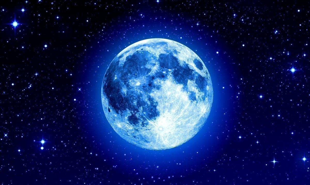 Your Signs Halloween Blue Moon Tarot Card Reading