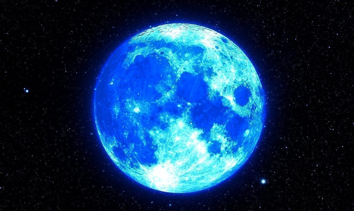 The Full Blue Moon In Taurus Is Preparing To Increase Chaos In Our Lives
