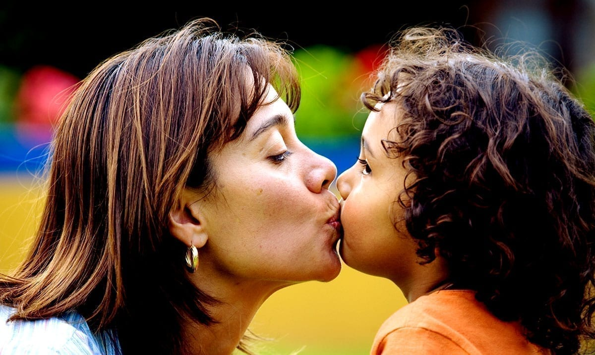 Kissing Your Kids On The Lips Isn't Weird – Stop Acting Like It Is