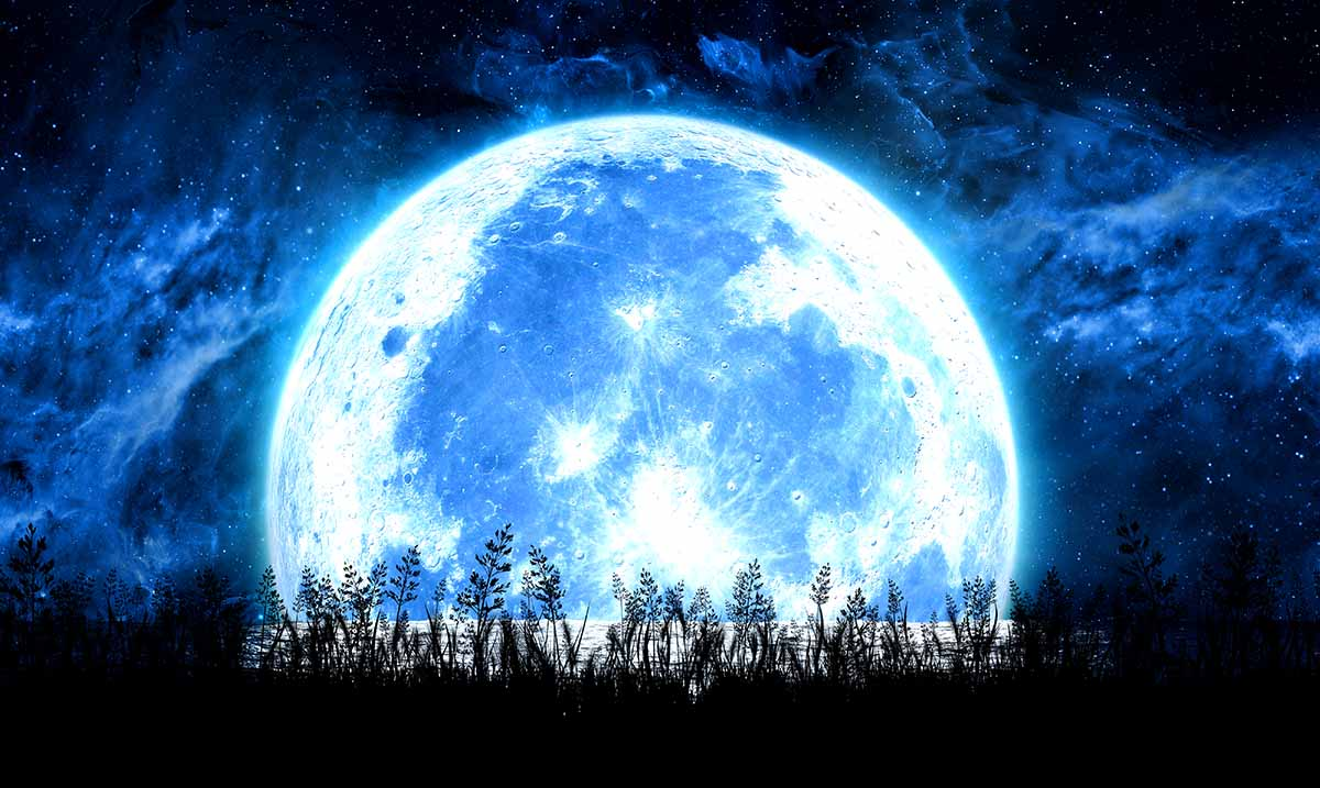 The 4 Zodiac Signs That Will Be Most Affected By The First Full Moon Of Spring