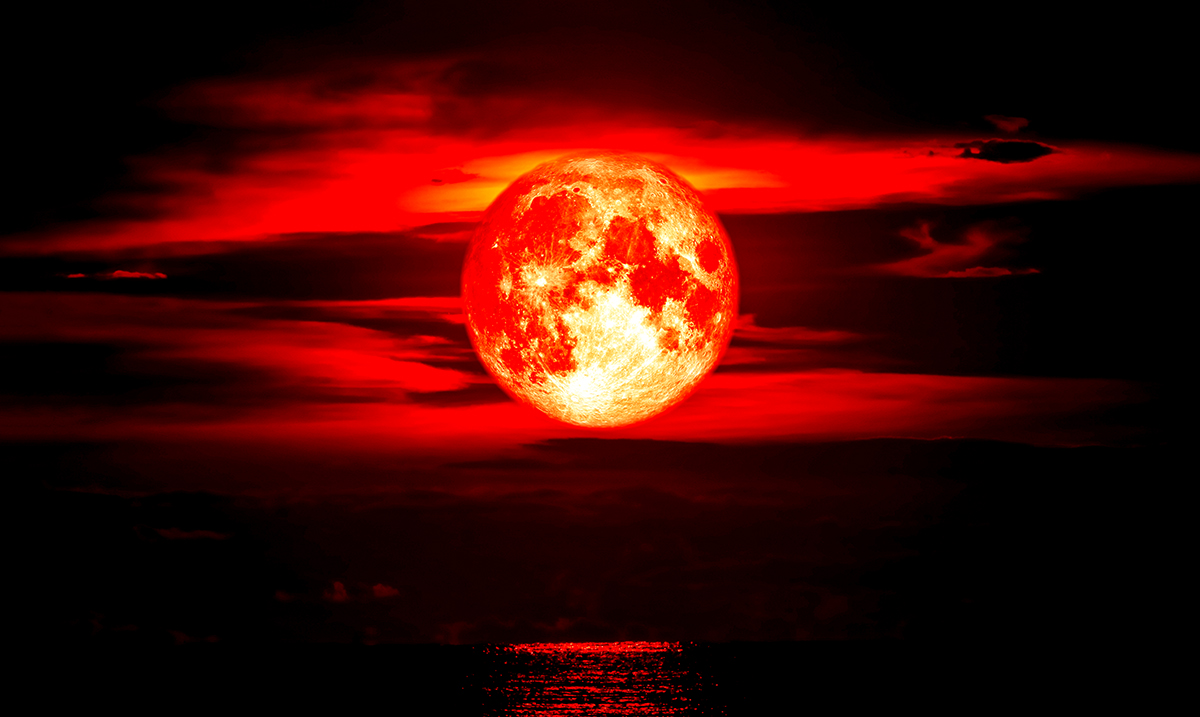 The Effects The Super Blood Moon Eclipse Will Have On You Based On Your Zodiac Sign