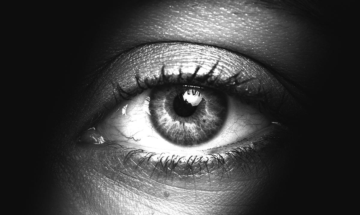 10 Creepy Habits Untrustworthy People Have In Common