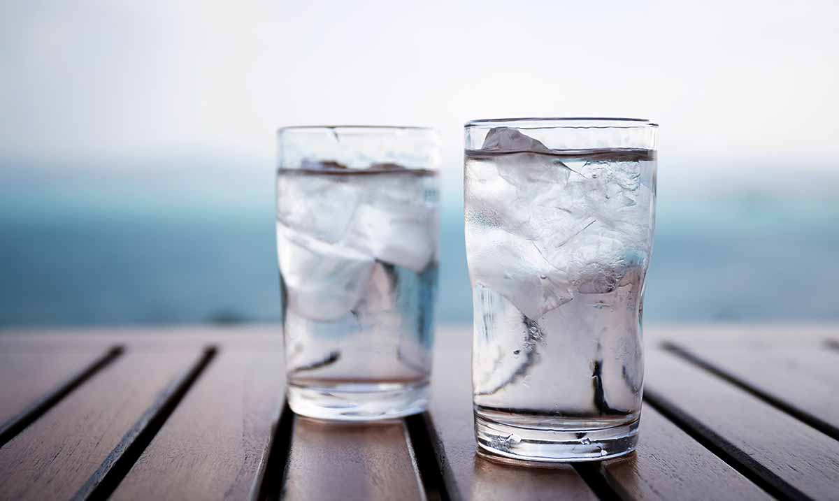 One Major Benefit To Drinking Cold Water, According To Science