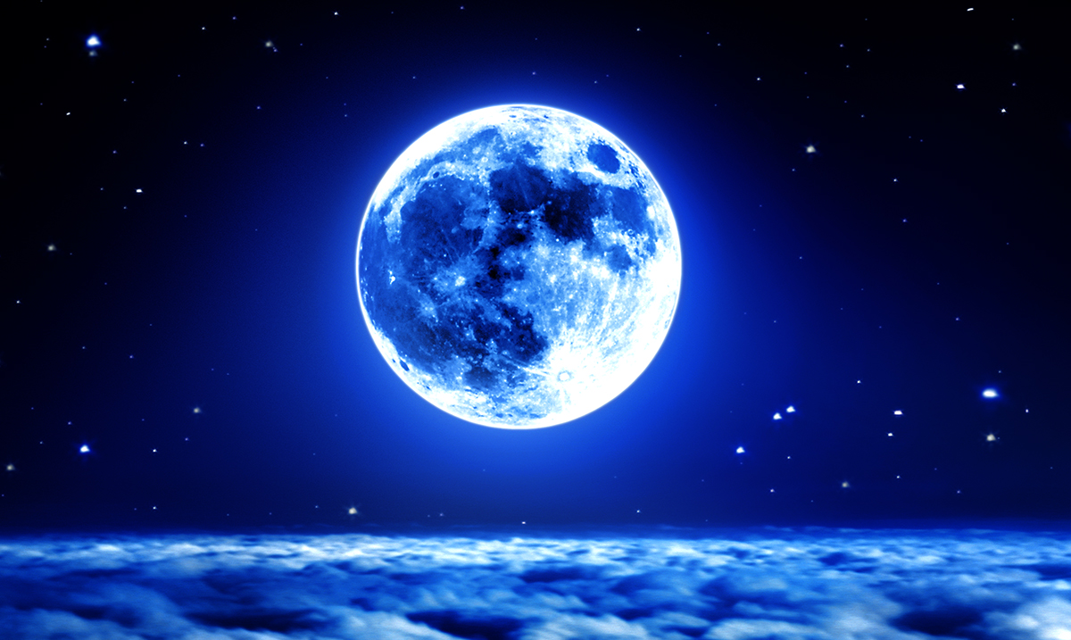 The Upcoming Full Moon In Pisces Will Push You Towards Spiritual Growth